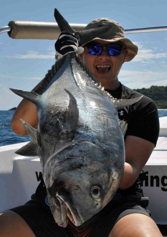 giant-trevally_popping_andaman_golden-mean-crossbow-rod_twin-power-sw-6000-reel_wei-jun