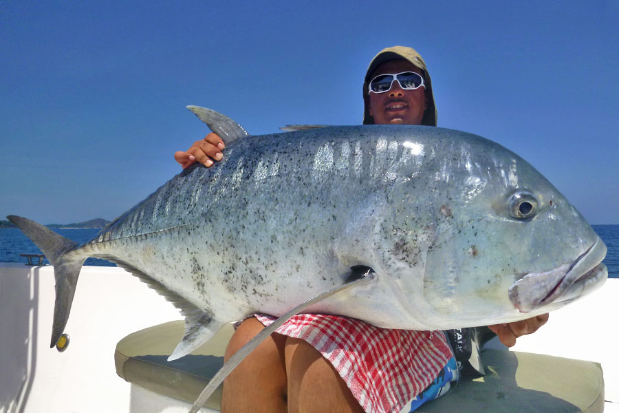 giant-trevally_popping_andaman_ripple-fisher-ocean-voyager-gtxpedition-rod_shimano-stella-18000-reel_hammerhead-e-cup-popper_abdulaziz
